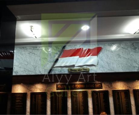 Pemasangan Ornamen Bendera Tembaga 3D